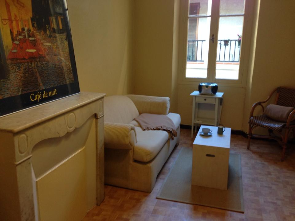 Splendid holiday rental 32 m2 studio in the heart of the old town of Antibes