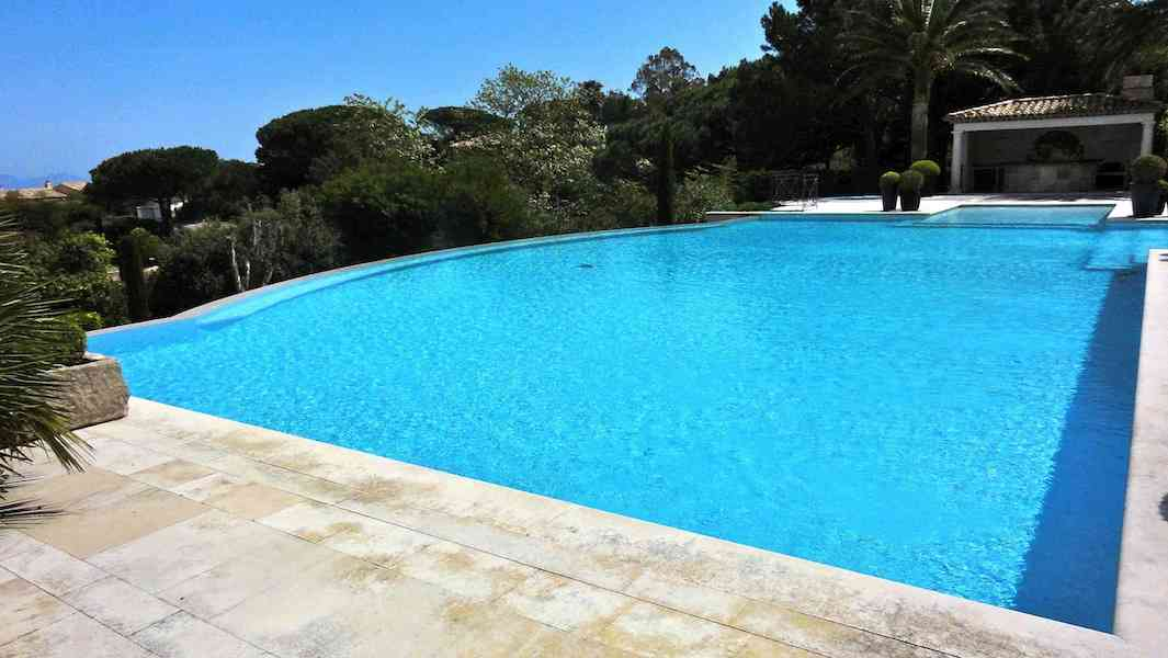 Holiday villa rental in the famous  Park de St Tropez